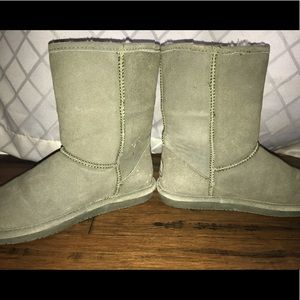 BearPaw Shoes - Classic BearPaw Boots